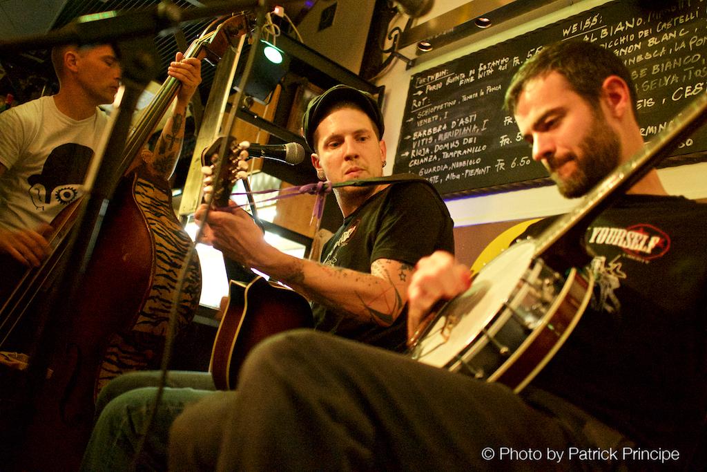The String Stranglers @ les Amis
