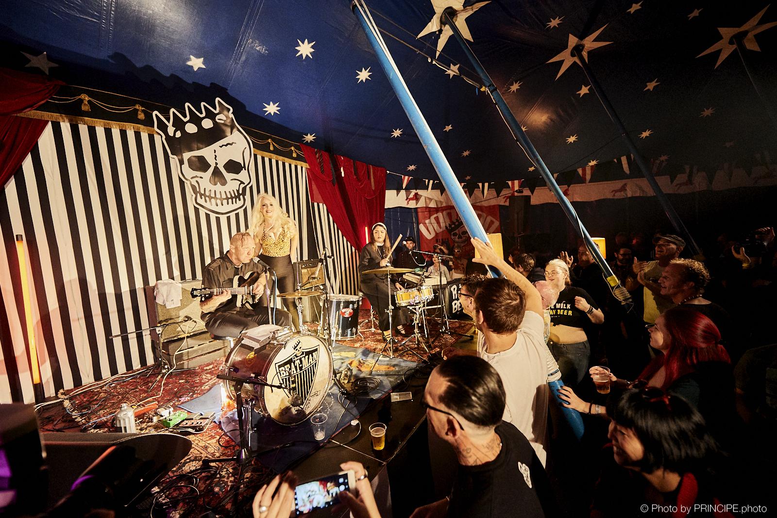 Reverend Beat Man and Sister Izobel Garcia @ Voodoo Rhythm Circus